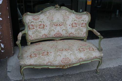 Divani e poltrone divanetto in stile luigi xvi for Verdino arredo giardino