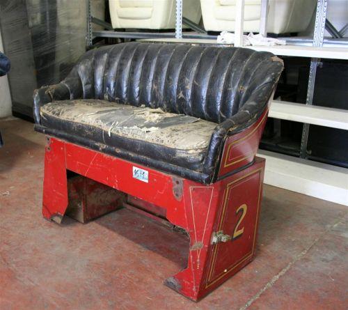 Divani e poltrone divanetto auto anni 39 30 for Pezzi di arredamento