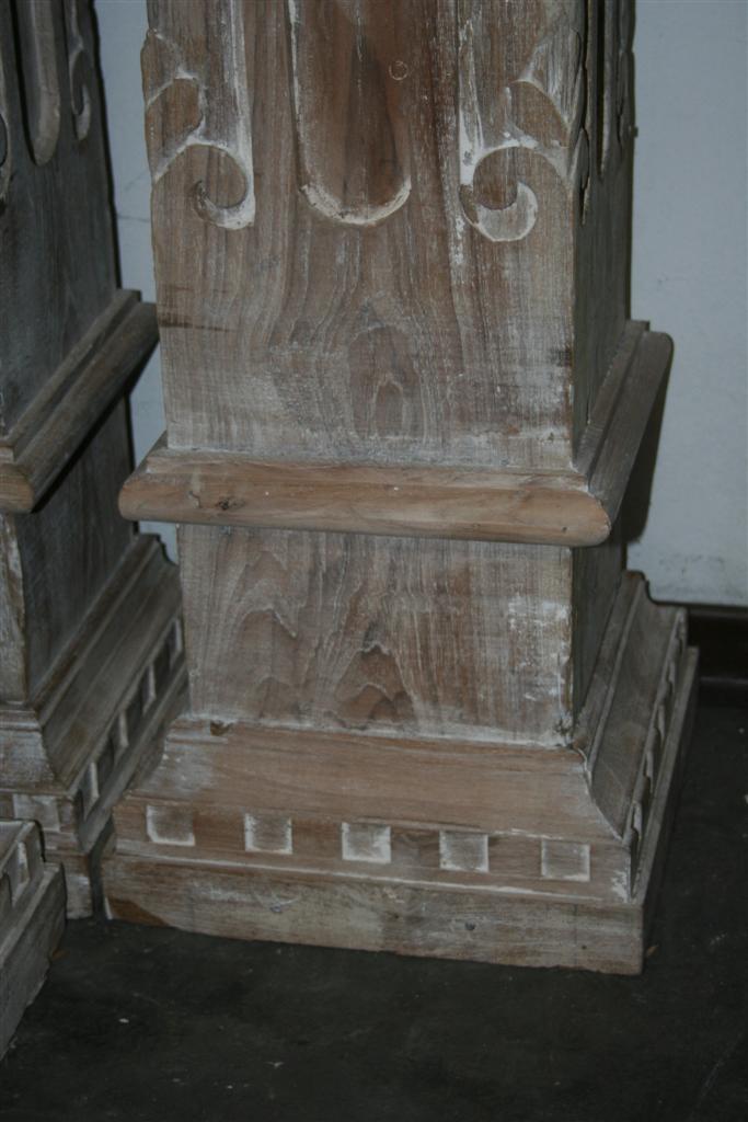 Complementi da giardino colonna indonesiana in legno for Complementi da giardino