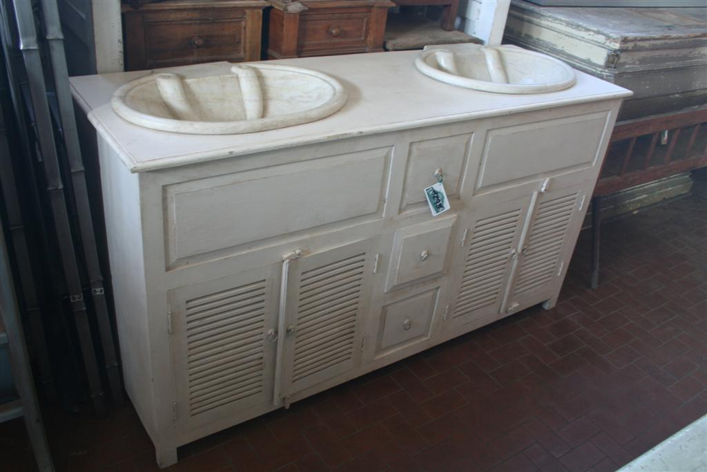 Arredi da bagno mobile con doppio lavello provenzale - Bagno provenzale shabby ...