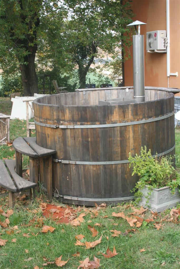 Complementi da giardino vasca finlandese da esterno for Complementi da giardino