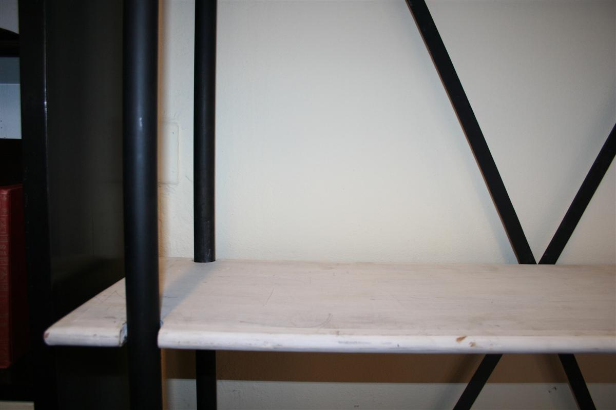 Credenze e librerie etagere in ferro e legno for Mensole rovere sbiancato