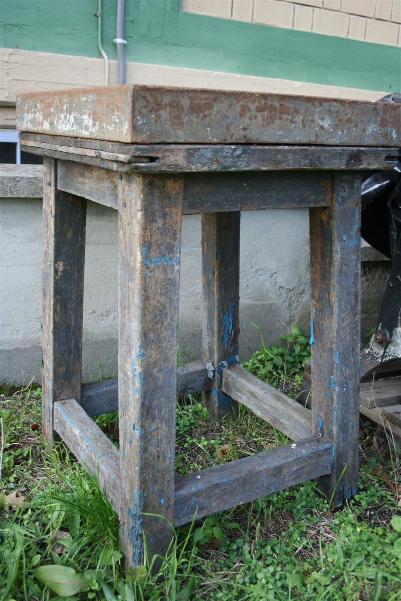 Arredi industriali tavolo da lavoro in ferro for Arredi industriali
