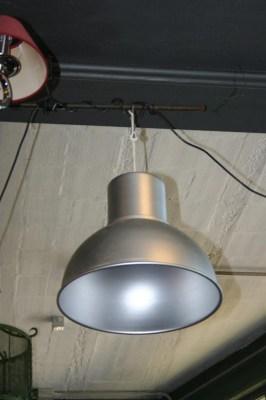 Arredi industriali lampada industriale a sospensione in ferro for Arredi industriali